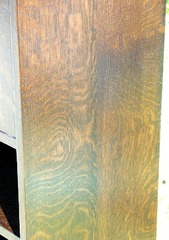 Detail solid quarter-sawn oak side.