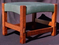 Same form in lighter stain color & green leather, low resolution image.