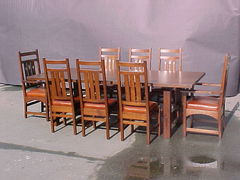 Shown with #522 inlaid dining chairs.