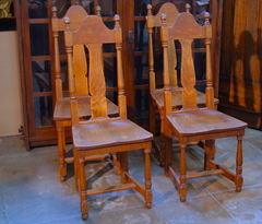 Michigan Chair Company set of 4 Arts & Crafts Transitional dining chairs.  Late Stickley era.