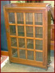 L.&J.G. Stickley Original Vintage Oak Bookcase Circa 1906 to 1912