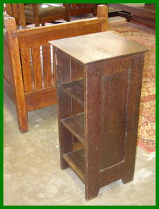 Gustav Stickley 1902 Magazine Cabinet,  Model #547