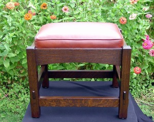 Gustav Stickley Style Footstool With Drop-in Cushion