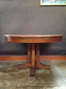 Original Vintage L & J G Stickley Prairie School Dining Table with two leaves