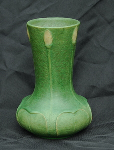 Grueby vase with leaves and yellow buds. Uncommon form, very good condition.